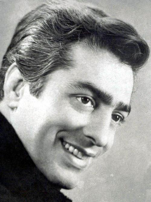 Mohammad Ali Fardin actor